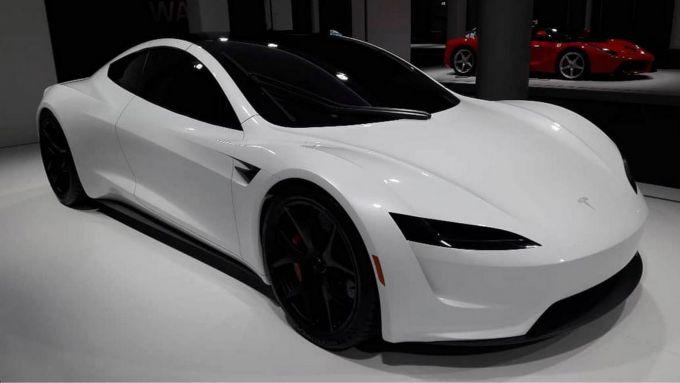 Tesla Roadster II: anche la sportiva di Palo Alto ne ha da vendere