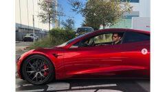 Tesla Roadster: il prototipo pizzicato al Supercharger - Immagine: 1
