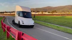 Tesla Semi, vista anteriore