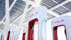 Tesla Supercharger per tutte le auto elettriche entro fine 2021?