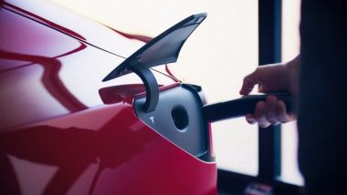 Tesla Supercharger: con la tecnologia V3, ricarica a 250 kW