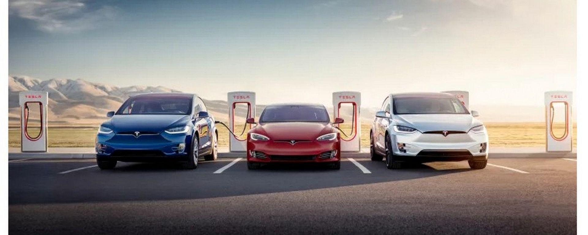 Tesla Supercharger: ricarica gratis per chi compra Model X e Model S