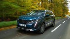 Test drive: la nuova Peugeot 5008 2021