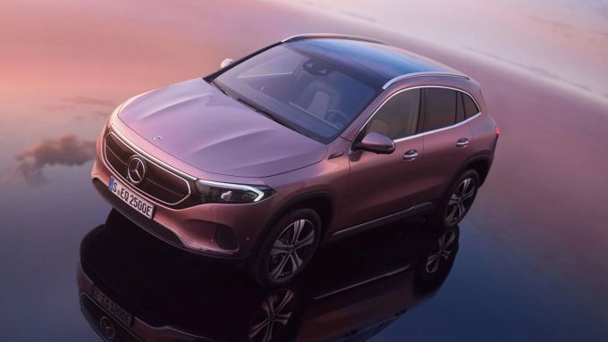 Test drive on demand, per provare Mercedes EQA