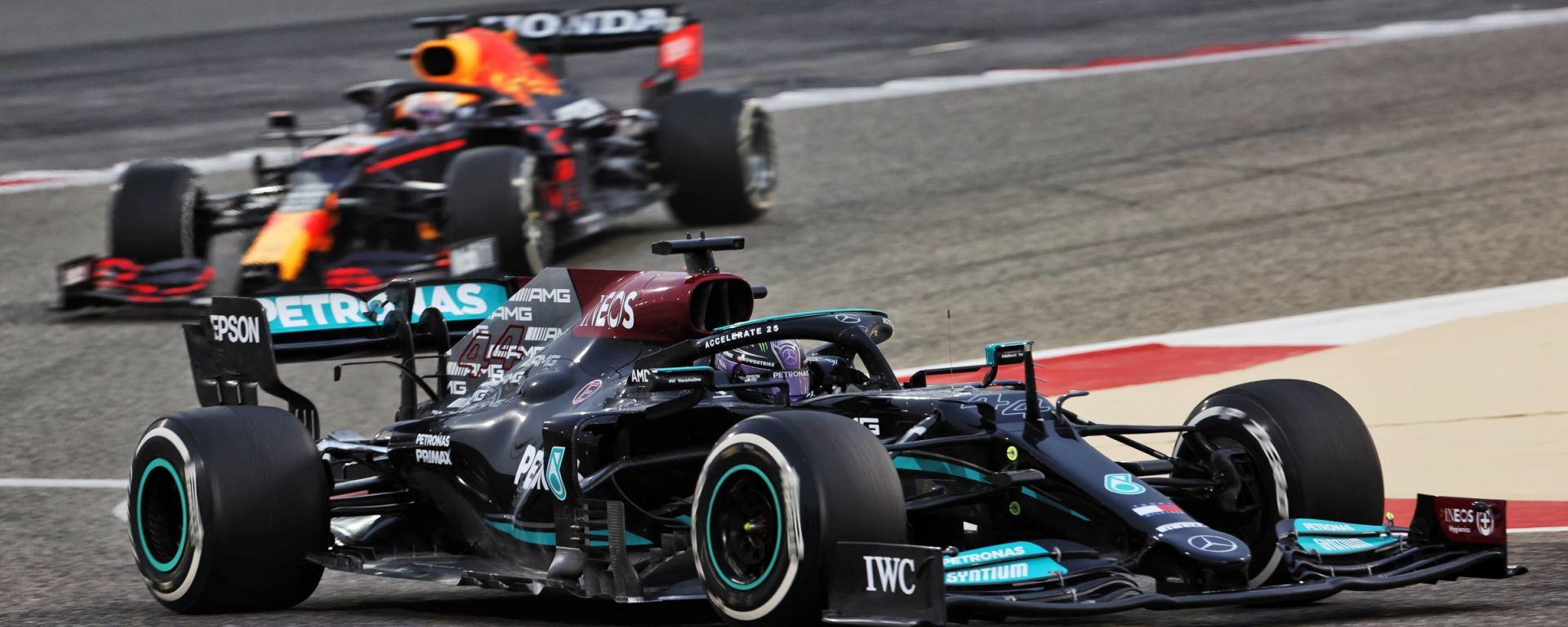 Test F1 2021: Lewis Hamilton (Mercedes) precede la Red Bull