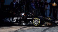 Test F1 Barcellona-2, Grosjean impegnato con la Haas VF-19