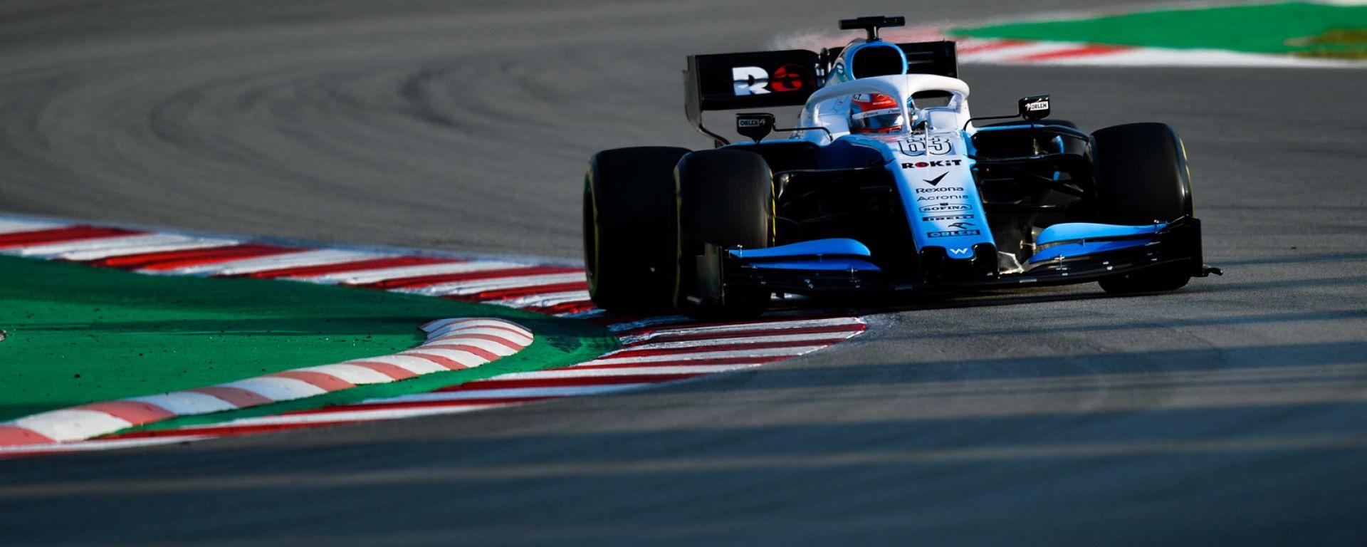 Test F1 Barcellona 2019, Russell affronta la chicane del secondo settore