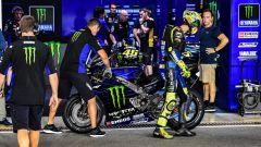 Test Losail, day 3: Vinales davanti. Risalgono Rossi, Marquez e Lorenzo - Immagine: 11