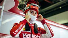 F1 2018, Test Abu Dhabi, day 2. Leclerc è subito un fulmine con la Ferrari