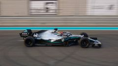 """Test Pirelli gomme 18"""" 2019, George Russell (Mercedes)"""