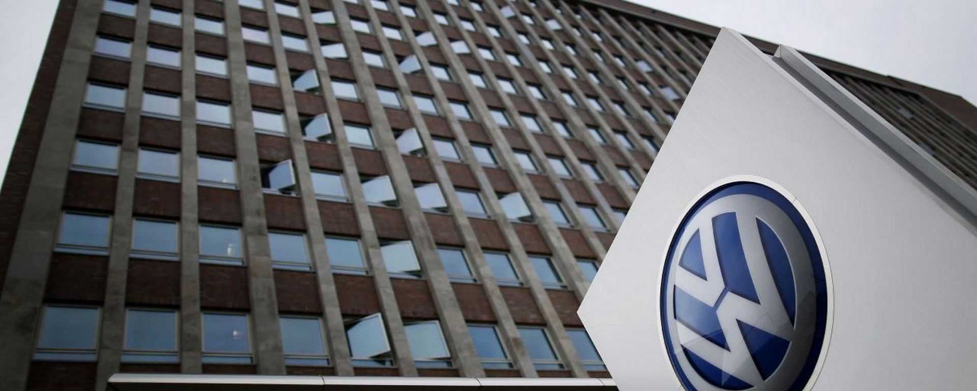 Test su scimmie e cavie umane, in Volkswagen cadono le prime teste