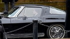 The Batman: Robert Pattinson al volante della Corvette Stingray