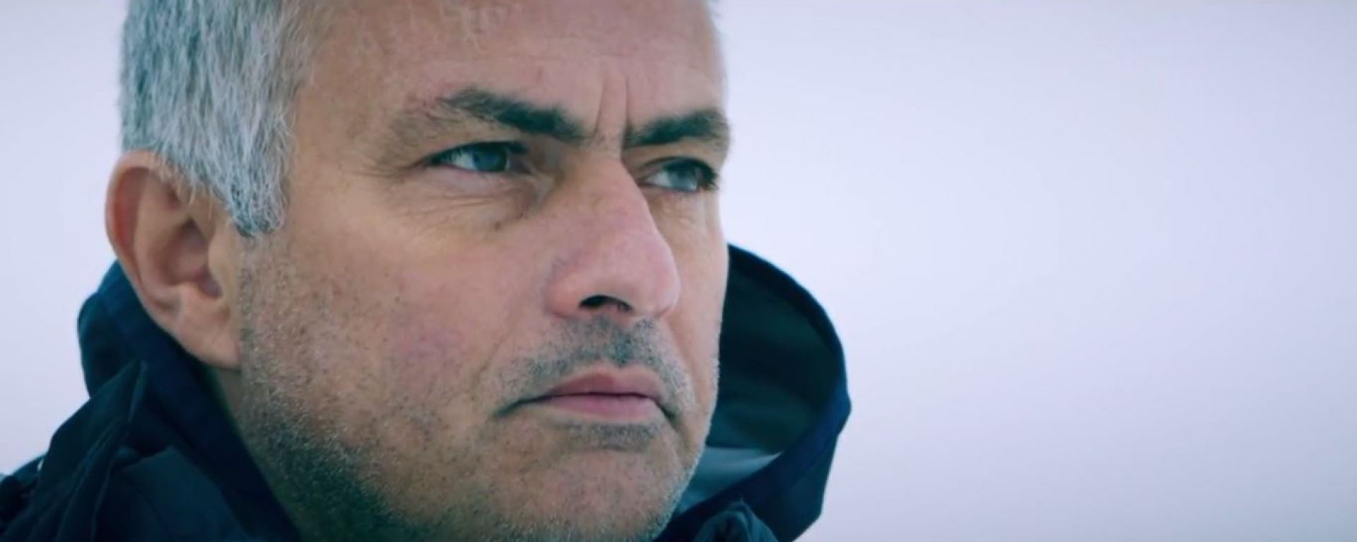 The Frozen One: Mourinho guida la Jaguar F-Pace su ghiaccio