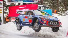 Thierry Neuville e la sua Hyundai i20 Coupè