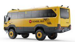 Torsus Praetorian School Bus, vista 3/4 posteriore