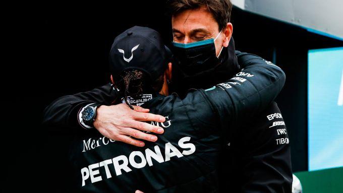 Toto Wolff e Lewis Hamilton (Mercedes AMG Petronas F1 Team)