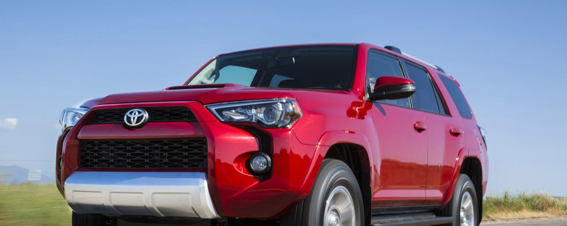 Toyota 4Runner 2014, il video ufficiale