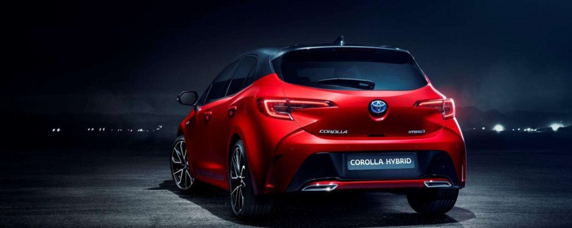 Toyota: addio Auris, nel 2019 torna la Corolla
