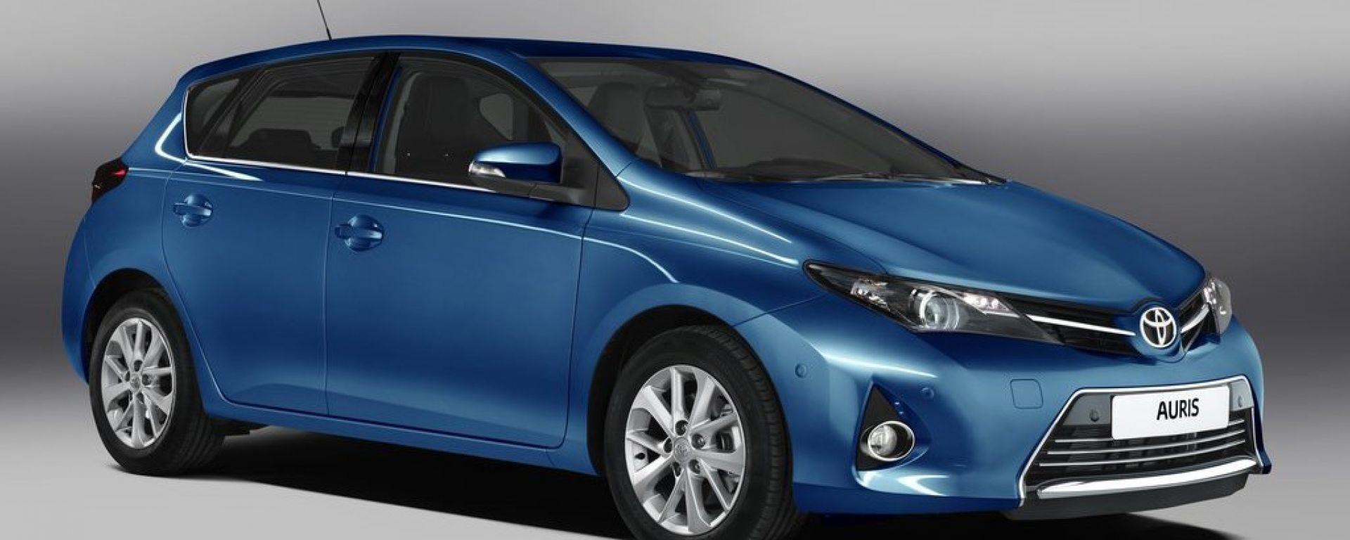 Toyota Auris 2013: nuove foto e video ufficiali