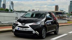 Toyota Aygo 1.0 VVT-1 x-clusiv MMT - Immagine: 12