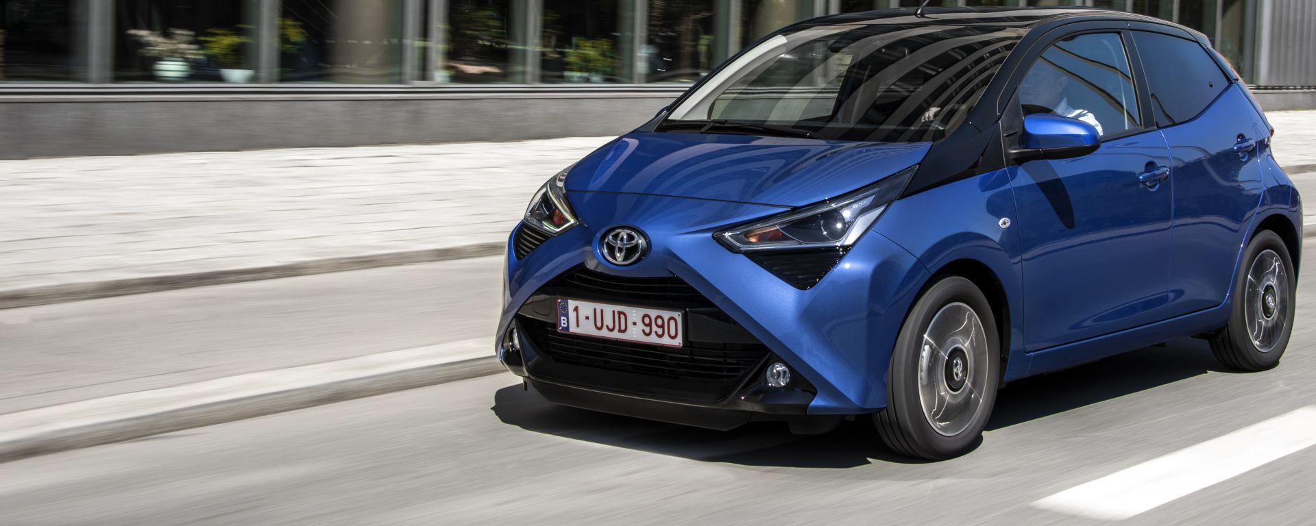 Toyota Aygo Connect, nel 2019 la citycar acquista servizi di connettività