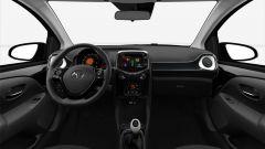 Toyota Aygo X-Black Limited Edition: gli interni