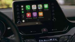 Toyota C-HR 2020: infotainment evoluto con Apple CarPlay e Android Auto