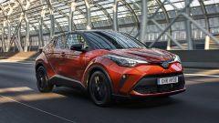 Toyota C-HR 2020, nuova colorazione Mechanic Orange