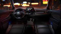 Toyota C-HR restyling, l'ibrido si fa in due. Il nostro test - Immagine: 9
