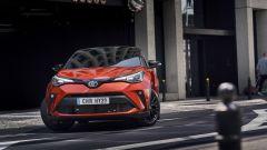 Toyota C-HR restyling, l'ibrido si fa in due. Il nostro test - Immagine: 16