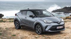 Toyota C-HR restyling, l'ibrido si fa in due. Il nostro test - Immagine: 24