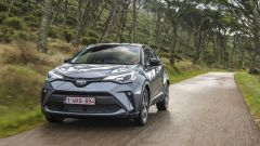 Toyota C-HR restyling, l'ibrido si fa in due. Il nostro test - Immagine: 30