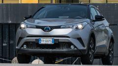 Toyota C-HR ibrida vista dinamica frontale
