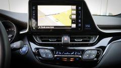 Toyota C-HR: il monitor touch da 8 pollici per il sistema di infotainment