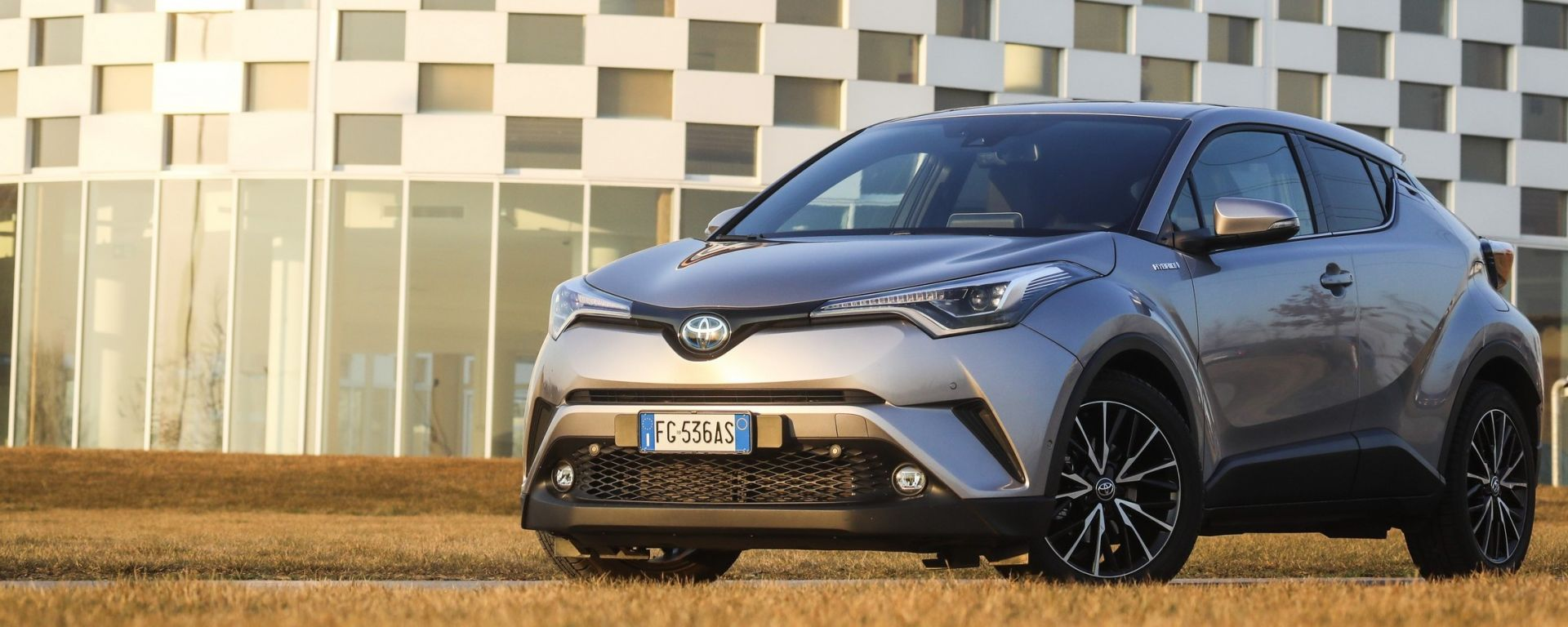 Toyota C-HR: le vostre domande. Guarda il video