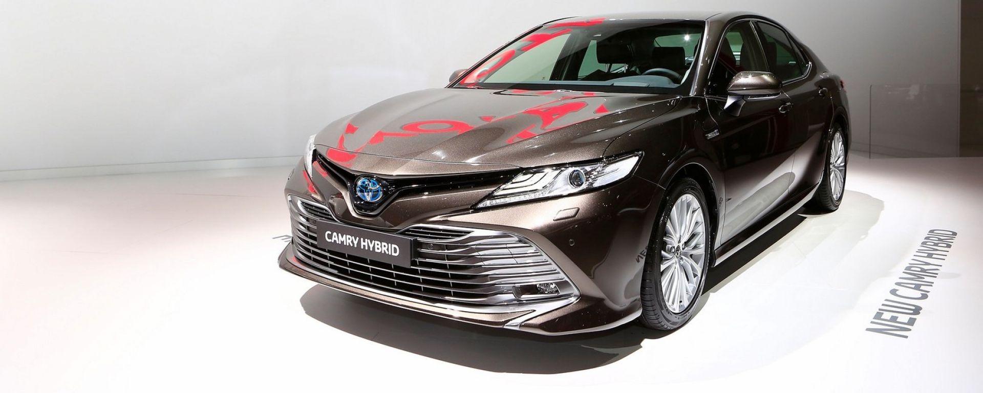 Toyota Camry: torna in Europa il successo degli USA