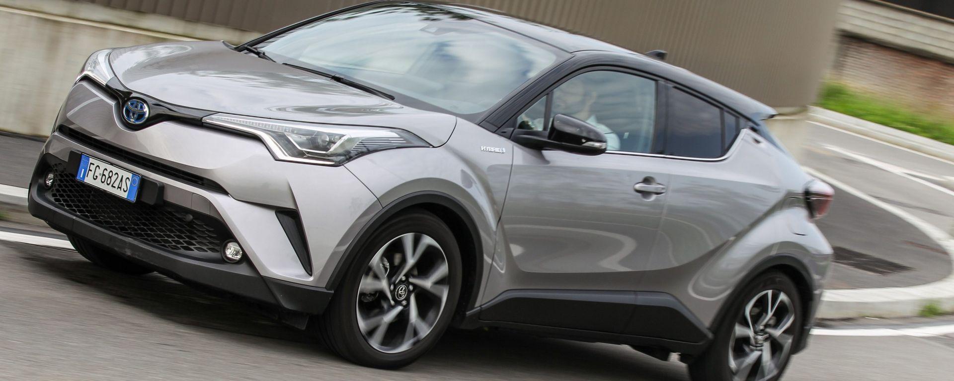 Toyota C-HR Hybrid 1.8 ECVT 4x2 Style: la prova dei consumi