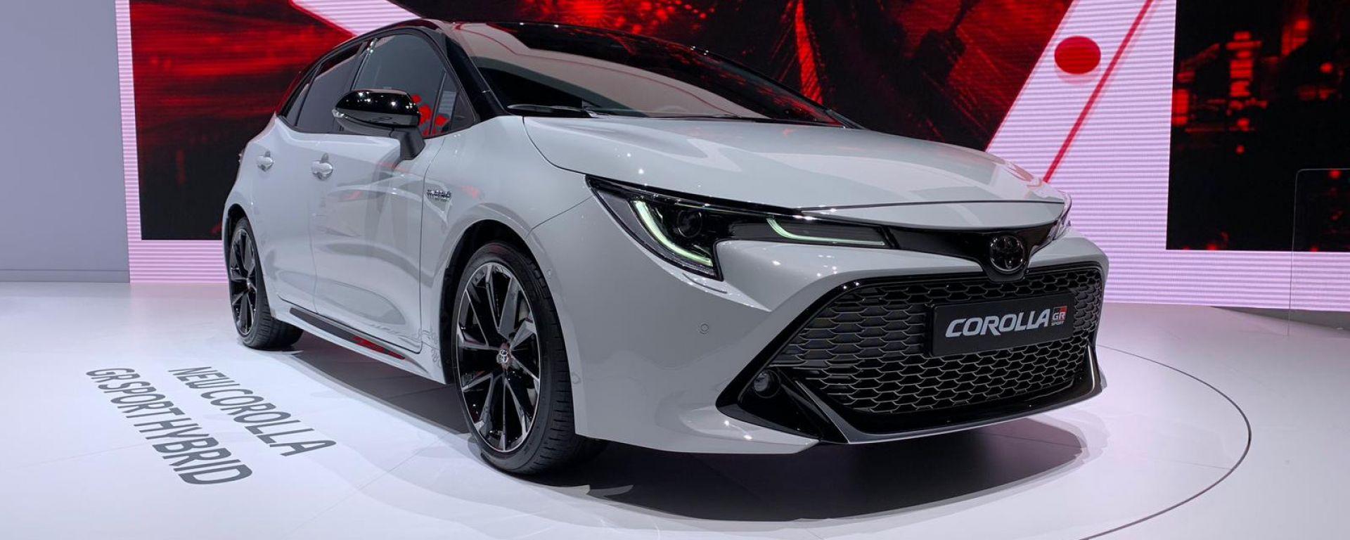 Toyota Corolla GR Sport: veste sportiva per Ginevra 2019