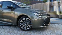 Toyota Corolla Hybrid 2019 il frontale
