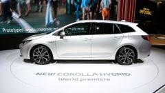 Toyota Corolla 2019: in video dal Salone di Parigi 2018 - Immagine: 33