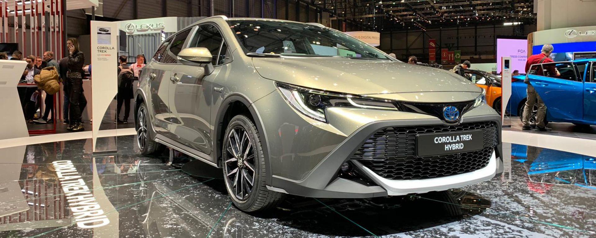 Toyota Corolla Trek: a Ginevra 2019 in veste da avventuriera