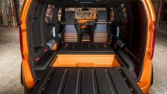 Toyota FT-4X concept, il pavimento del bagagliaio esce fuori