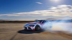 Toyota GR Supra drifta da sola, ma è per la sicurezza