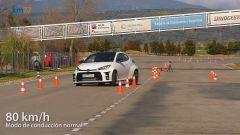 Toyota GR Yaris al rientro in corsia nel test dell'alce