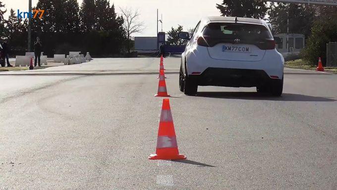 Toyota GR Yaris: la prova di slalom