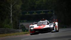 Toyota al comando dopo tre ore, Ferrari mostra i muscoli