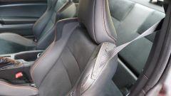 Toyota GT86 - dettaglio laccetto tieni cintura