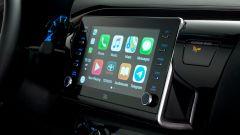 Toyota Hilux: il display centrale da 8