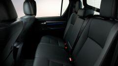 Toyota Hilux: il divanetto posteriore