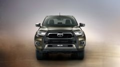 Toyota Hilux: il frontale